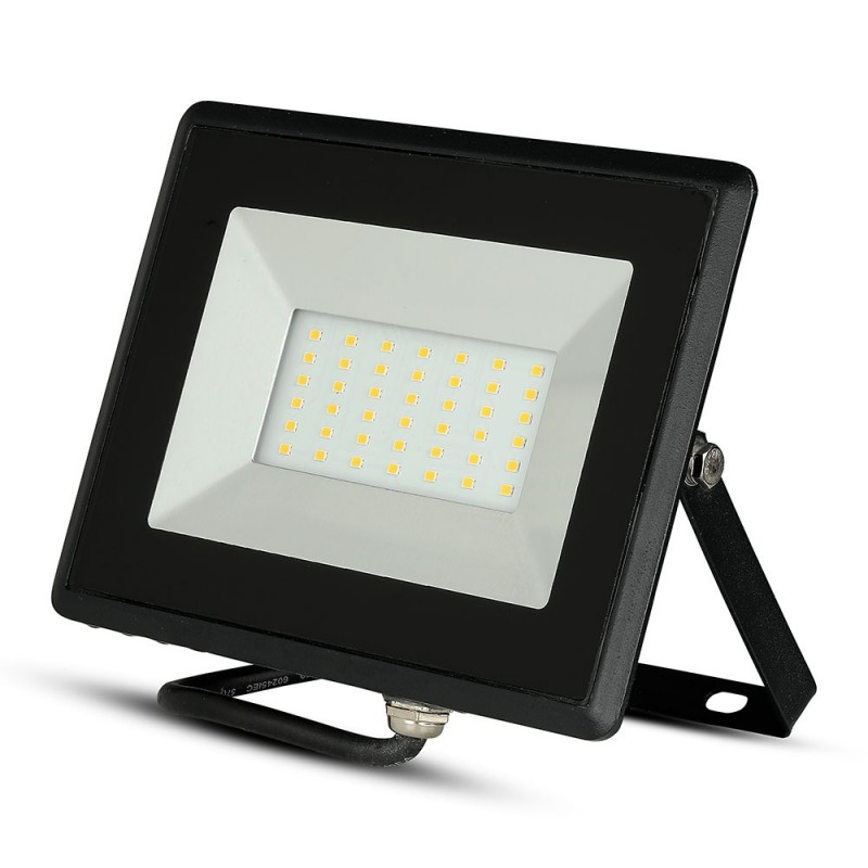 Proyector LED 50W SMD E-Series Cuerpo Negro VT-4051-Proyectores LED-buyled.es